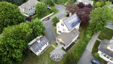 Connecticut Home Boasts Integrated Solar, Green Building